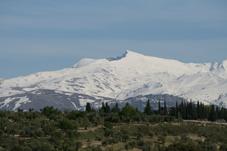 Pico Veleta (Sierra Nevada). Determinados elementos naturales caracterizan un lugar o enclave por lo que son signos de referencia.