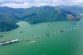 275px-Hong_Kong-Zhuhai-Macau_Bridge_Site_HK_view_201506