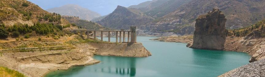 El agua es un bien escaso. Análisis por territorios y posiblessoluciones